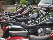logo komisu motocykle125